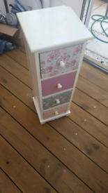 Wooden Chest of Drawers unit - 4 Drawer
