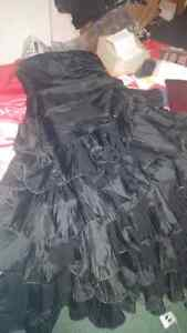 Gorgeous black dress size 12 for 50$ or best offer