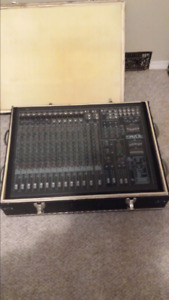 Powered 16 channel mixer