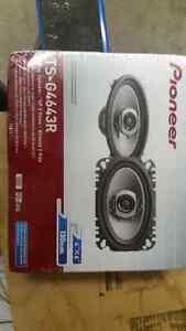Pioneer 4x6 speakers