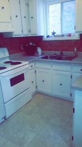 3 BEDROOM CLOSE TO TUCOS, $1200 ALL INCL