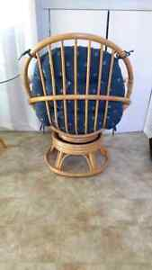Rattan Glass Top Table with Two Chairs Cambridge Kitchener Area image 3