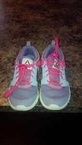 Reebok Girl Shoes - Size 12 youth