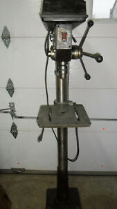 PERCEUSE A COLONNE -PRESS DRILL 14""