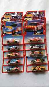 HOT WHEELS PRO RACING 1997 EDITION SET OF 10 CARS