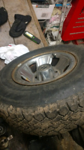 235/75 R15 Ford truck winter tire set