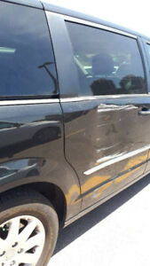 Chrysler Town And Country / Dodge Caravan door 2011-2016