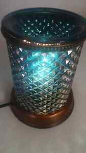 Blue diamond shade Scentsy warmer Prince George British Columbia image 1