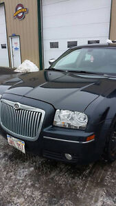 REDUCED AGAIN !!! 2007 Chrysler 300-Series Touring, RWD,LOADED!