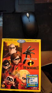 Disney's Incredibles Blu Ray