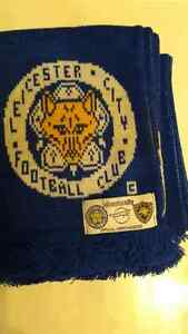 Leicester  Scarf - purchased new in England Cambridge Kitchener Area image 1