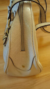 New Beige Comfortable Bag - for sale ! Kitchener / Waterloo Kitchener Area image 2