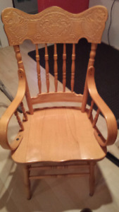 Chaises style antique