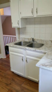 SPACIOUS 3 /4 BEDROOM IN TRENDY LOCATION - $1695 ALL IN