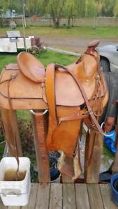"""Eamors 15"""" saddle"""