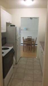 ROOMMATE/ ROOM TO RENT - CLAYTON PARK AREA