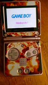 NINTENDO GAMEBOY ADVANCE SP WITH GAME