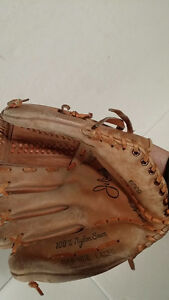 Jelinek right hand baseball glove