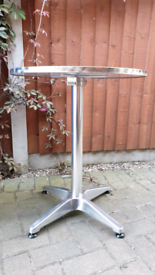 Bistro bar table, can be assembled to 2 different heights