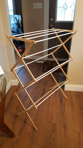 NEW CLOTHES DRYING RACK