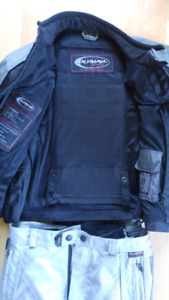 Set of woman motorcycle pants & jacket.