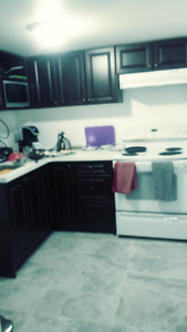 Basement rooms rent in Scarborough (Male only)