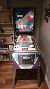 Seven up pinball machine