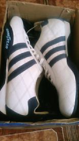 new adidas trainers size 7