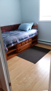 Lovely clean room in townhouse Lower Sackville