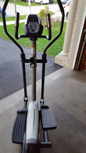 Cross Trainer by Golds Gym