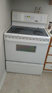 Oven for sale perfect working condition!! Gatineau Ottawa / Gatineau Area image 1