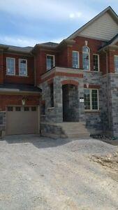 Queensville NEW Town home @ Leslie St/ Queensville Sdrd - $1750