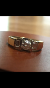 Beautiful Diamond Ring with Appraisal Papers