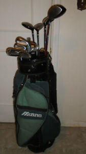 Sporting goods Full Set of Men R/H Jazz Vibe Golf Clubs - $250