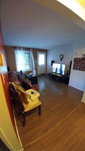 Haute plaine apartments condos for sale or rent in for Salle a manger kijiji ottawa