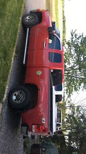 2007 GMC Sierra 2500 WT Pickup Truck