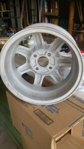 Honda tire rim 15in Cambridge Kitchener Area image 2