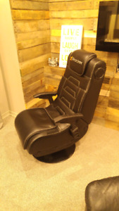 The X Rocker Pro Series Wireless Gaming/ Entertainment Chair!