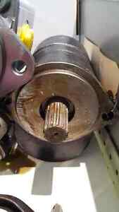 NEW HYDRAULIC GEAR PUMP 87442244 84561841 for CASE in stock!