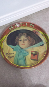 Satin tobacco tray