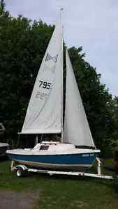 16' daysailer with 4.5hp Mercury outboard and Easyloader trailer