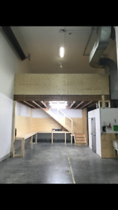Heated storage bay in St. Albert available for rent