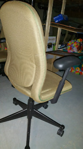High quality Herman Miller office chair 7 left!