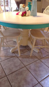 Super Cute Re-finished Table and Chair Set Windsor Region Ontario image 5