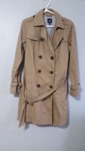 Gap trench coat like new sz large