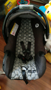 Graco infant carseat $20