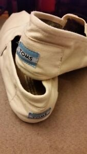 TOMS flat slip on shoes