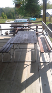 Easy to use Mobile Handy Picnic Table