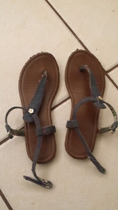 Size 2 girls American Eagle sandals
