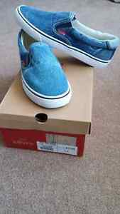 Levi's Slip on Shoes - Mens 7 NEW